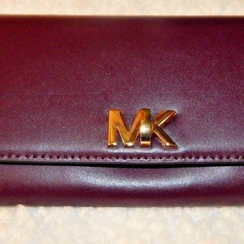 Michael Kors Mott Damson Plum Large Carryall Clutch Wallet Leather MSRP $148 NWT