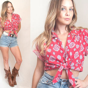 90s paisley tie front cropped blouse - medium crop top | patriotic bohemian western bandana print | southwestern pearl snap button-down top