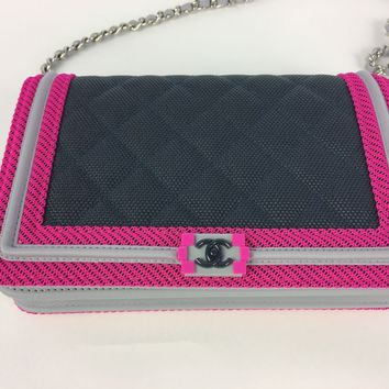 New CHANEL LE BOY CHAIN WALLET BAG PINK GREY 2017