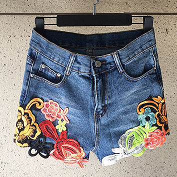 Fashion Ethnic Flower Embroidery Stitching High Waist Short Jeans Shorts Hot Pants