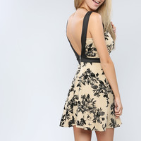 Flower Pattern Back Point Dress