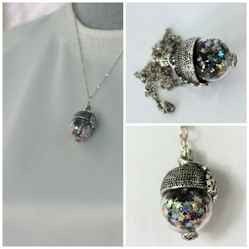 Peter Pan Acorn Necklace With Pixie Dust in Stainless Steel and Glass Second Star Right