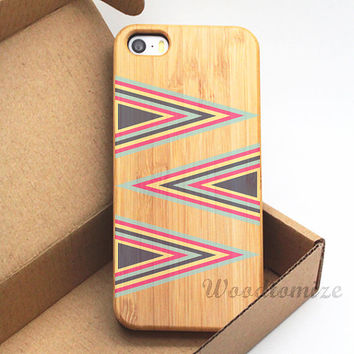 Triangle style, arrow, iPhone 5C case, iPhone 5S 5 case, Wood cover, Bamboo, Cherry wood, FREE screen protector [A24]