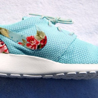 Mint Floral Roshe runs