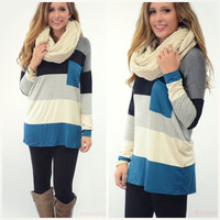 Pocket Full Of Cozy Teal Colorblock Pocket Top