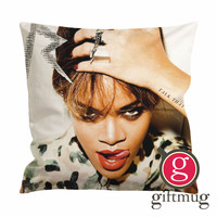 Rihanna Talk That Talk Cover Cushion Case / Pillow Case