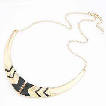 Tomtosh 2016 Fashion Vintage Alloy Crescent Personality Short Collar Necklace wholesale Jewelry