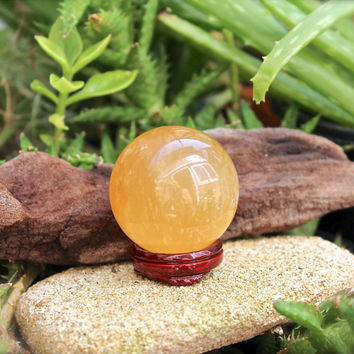 Citrine Calcite Quartz Sphere // Wicca Crystal Ball // Orange Calcite Specimen // Wiccan Altar Supplies // Crystal Healing Stone Sphere