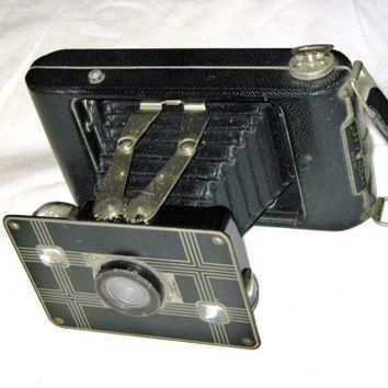 Vintage Folding Jiffy Kodak Six-20 Camera 1930s Camera Collectors Conversation Piece