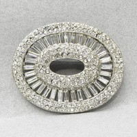 Exquisite Unsigned Ciner Rhodium Plated 1950's Rhinestone Pin