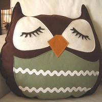 Brown Stewart the Owl Vintage Inspired Wool Felt Applique by Cuore