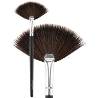Classic Small Fan Brush Natural