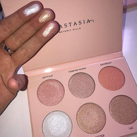 Makeup beauty Anastasia