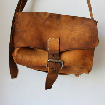 Old vintage 70's  leather bag school doctor satchel brown festival distressed with soul