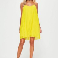 Missguided - Yellow Strappy Pleated Swing Dress