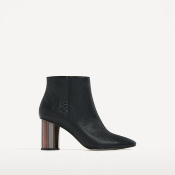 LEATHER ANKLE BOOTS WITH METAL HEEL