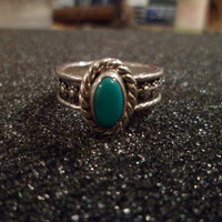 Authentic Navajo,Native American,Southwestern sterling silver flower or berry band turquoise ring. Size 7 1/2.