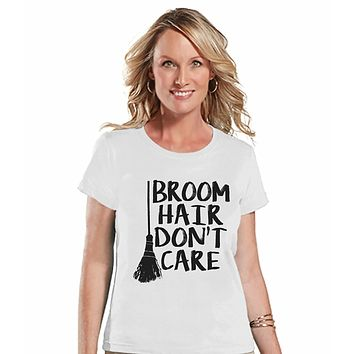 7 ate 9 Apparel Womens Broom Hair Witch Halloween T-shirt