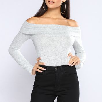 Marie Off The Shoulder Sweater - Heather Grey