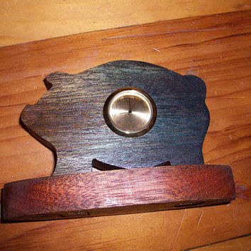 Wooden pig miniature desk clock