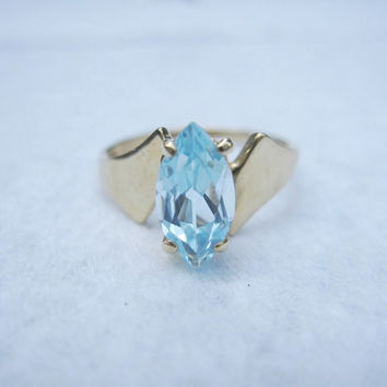 10k Estate Large Blue Topaz Marquise Cut Modern Geometric Origami Navette 10k Vintage Yellow Gold Ring