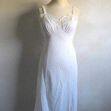 Vintage 1970s White Full Slip Charmode Lace Embroidery  Undergarment 34 Average