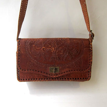Vintage hippie boho 1970s hand tooled tan satchel leather bag