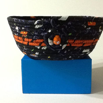 Halloween Coiled Rope Bowl, Black and Orange Fabric Bowl, Catchall Basket, Organizer Basket, Quiltsy Handmade