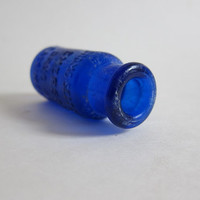 vintage cobalt blue Bromo Seltzer Cobalt Pharmaceutical Bottle / tiny antique bottle
