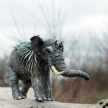 Elephant Animal Totem Figurine Fantasy Skulpture Guardian Spirit Amulet Shamanic Native
