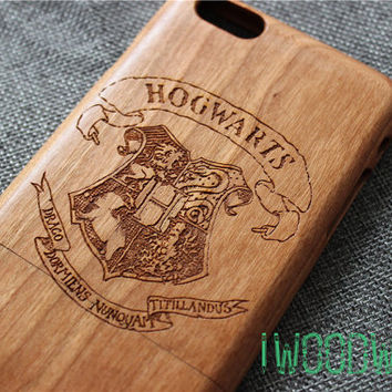 Harry potter Hogwarts custom iphone 6 case, iphone 6s case wood, wood iphone 5s case,iphone 6 cover, iphone 6s plus case