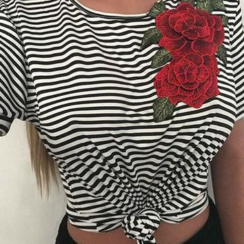 Black Stripe Round Neck Flower Patch Short Sleeve Shirt