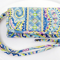 Vera Bradley Wristlet Billfold / Wallet Light Blue Floral Vintage Collectible Gift Item 2413