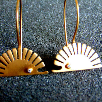 Beautiful minimal hedgehog earrings- 18k yellow and diamond drop earrings-Hedgehog gold earrings-Unusual gold jewelry-Artisan jewelry