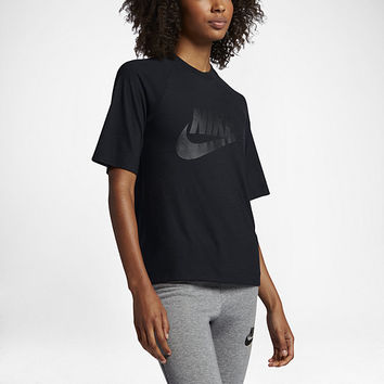 The Nike Sportswear Women's 1/2 Sleeve Top.