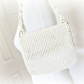 Vintage JAPANESE Purse, White Clutch Purse, Designer Marcus Brothers, White Beaded Purse, Plastic Link Chain, 1960s MOD Fashion Accessory