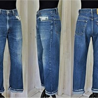 Vintage Levis Jeans 32 x 30 / Straight leg / distressed / size 8 / 9 / high waisted /  dark wash / faded /  regular fit / mens / womans