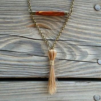 horse hair & horn bead necklace // nickel free // R183