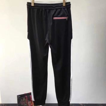 GIVENCHY 2018 Spring and Summer Special counter ribbon casual pants, the two sides webbing perfect with  ღ034
