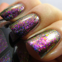 Mystifying Magenta - UltraDENSE Chrome Flakie Polish