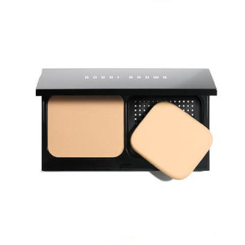 Bobbi Brown Illuminating Finish Powder Warm Ivory 1