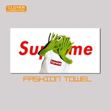 Free Shipping Sports Towel SUPREME Camouflage Sweat Swimming Fitness Tourism Towels Yo