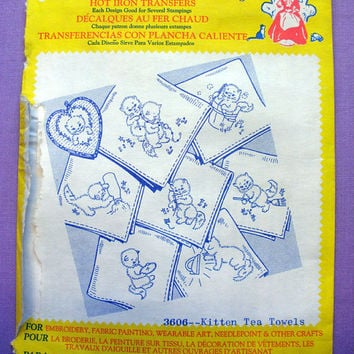 "Aunt Martha's ""Kitten Tea Towels"" Hot Iron Transfer Pattern 3606 for Embroidery, Fabric Painting, Needle Crafts"