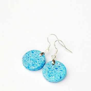 Sky blue pebble earrings. Unique handmade jewelry with stone texture painting. Cute birds egg like pattern. Fits for women all ages.