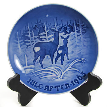Bing Grondahl 1965 Bringing Home The Christmas Tree Plate B&G, Kjobenhavn, Denmark Cobalt blue
