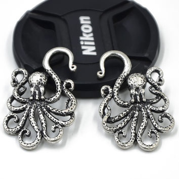 2Pcs Antique Silver Brass Textured Octopus Indian Ear Expander Body Piercing jewelry -03130