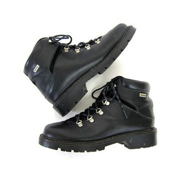 Black Leather HIKING Boots. Womens 7.5 Sorel Mountain Boots Grunge Chunky 90s Heavy Duty Vintage Ankle Boots