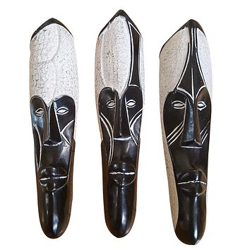 """🎁 ONE DAY SALE 12"""" African Gabon Cameroon Wood Fang Mask: Black and White"""