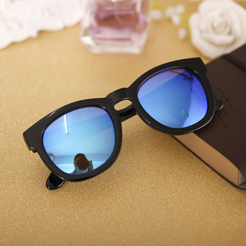 Black and Blue Celebrity Frame Reflective Sunglasses