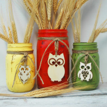 YouR ColoR ChoicE Painted mason jars with wood OWL cabin decor wedding decor Fall Halloween rustic decor